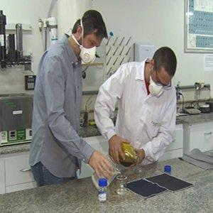 Tecido capaz de eliminar o novo coronavírus em dois minutos chega ao mercado